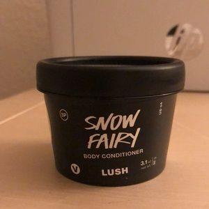 🍭LUSH🍭 Snow Fairy Body Conditioner